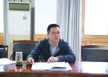 广汉市人民医院 召开2019年精准扶贫专题研究会